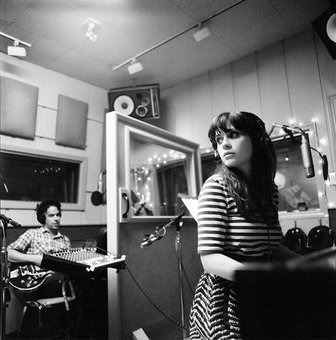 She and Him, imagen promocional