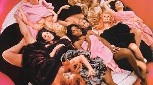 Beyond the Valley of the Dolls, fotograma de la cinta